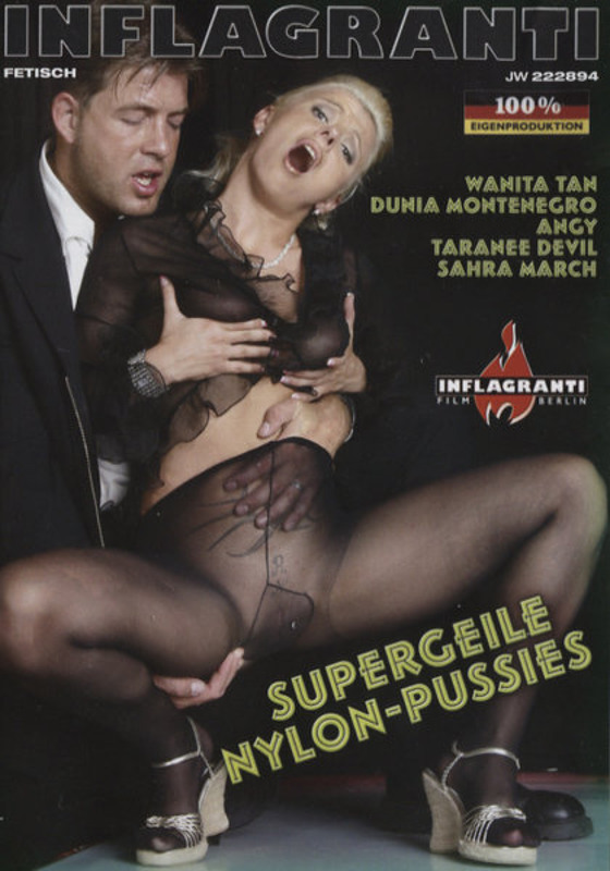 Supergeile Nylon-Pussies DVD Image